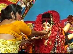 Sex Workers Kolkata S Sonagachi Celebrates Sindur Khela During Puja