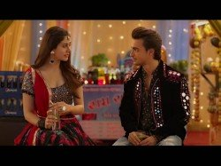 Loveyatri Movie Review What Is The Story Auyush Warina Film