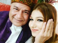 Anup Jalota Says Jasleen Matharu Is Not His Girlfriend After Exiting Bigg Boss