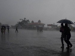 Heavy Rains Likely Kerala Tamil Nadu Pondicherry Karnataka