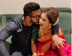 A Super Cute Subhashree Blushes Heavily As Hubby Raj Chakraborty