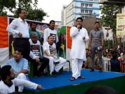 Abhishek Banerjee Warns Bjp S Chariot Will Not Run Bengal