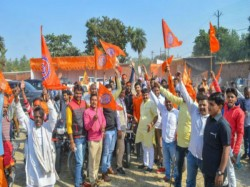 Two Lakhs Their Workers Ayodhya Claims Vhp Rss