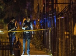 Including Cop Dead After Shooting At Chicago S Hospital