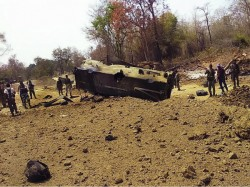 Killed As Maoists Blow Up Bus Chhattisgarh S Dantewada