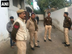 Delhi Fashion Designer Domestic Help Killed Boutique Staff Surrender