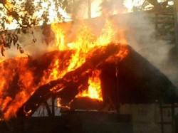 Fire At Gopal Nagar Kali Puja Pandal