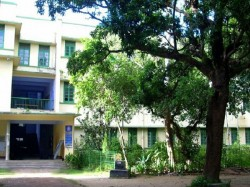 Hoogli Women College Becomes Fierce Student Teachers Dispute
