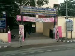 Voting 3 Lok Sabha 2 Assembly Constituencies Going On Karnataka By Polls