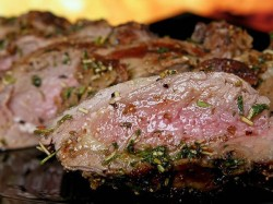 Karachi Restaurant Served Three Year Old Rotten Meat Recovered In Raid After Minors Death