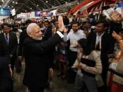 Pm Narendra Modi Pitch Technology Driven World At Singapore Fintech Festival