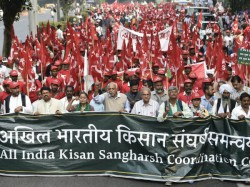 Thousands Farmers March Parliament Today 3500 Police Called In
