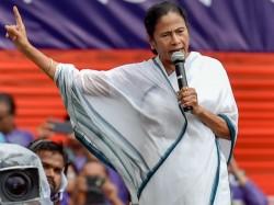 Cm Mamata Banerjee Says Cpm Now Wears Bjp S Gerua Leaving Red