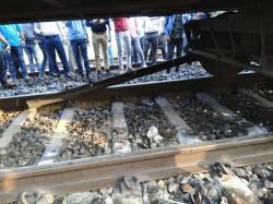 Puri Bound Dhouli Express Derailed Near Kharagpur