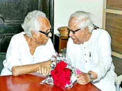 Ex Cm Buddhadev Bhattacharjee Shocked Due Passess Away Film Director Mrinal Sen