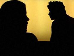 House Wife Antara Sarkar Did 97 Times Phone Before Mystery Death