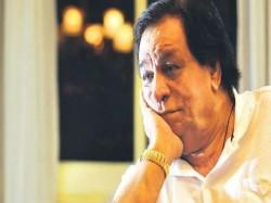 Midnight Drama Kader Khan Death On All India Radio S News