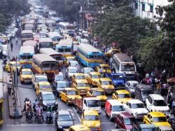 Metro Rail Fire Incident Caused Traffic Jam Kolkata