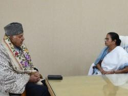 Farukh Abdullah Meets With Mamata Banerjee At Nabanna Kcr Line