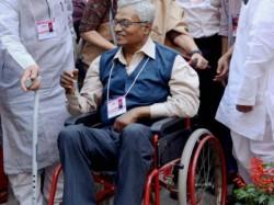 Cm Mamata Banerjee Mourns Due The Death Nirupam Sen Kolkata Hospital