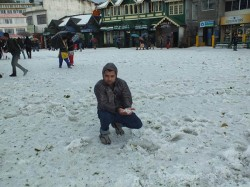 Darjeeling Is Covered With Ice Due Continuous Snowfall