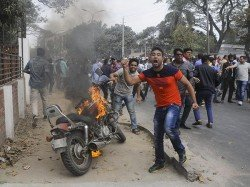 Clashes Between Awami League Bnp Workers Several Places Bangladesh