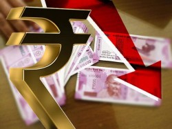 Rupee Crashes 72 46 Against Usd On State Poll Results Uncertainty