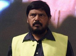 Why Rs 15 Lakhs Were Not Deposited Bank Accounts Ramdas Athawale Made A Point