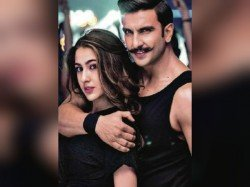 Simmba S First Song Aankh Marey Featuring Ranveer Singh Sara Ali Khan Is Out Watch Here