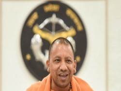 Up S Yogi Government Install Statues Former Pm Vajpayee Swami Vivekananda 2 Ex Gorakhpur Mahants