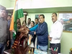 Panchayat Pradhan Moyna East Midnapur Shifted Her Loyalty From Bjp Tmc