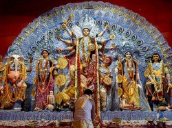 Income Tax Department Gave Notice 40 Durga Puja Organisers Kolkata