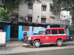 There Is Group Clash At Dover Lane South Kolkata