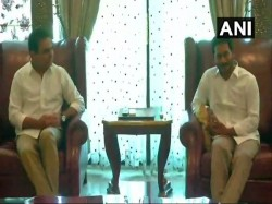 Ysr Congress Head Jagmohan Reddy Meets With Trs Leader Kt Rao