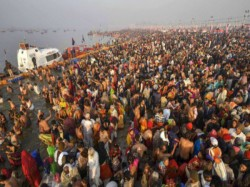 Prayagraj Police Catch Serial Killer Roaming Kumbh Mela With Blood Soaked Axe