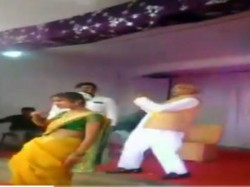 Ncp Mp From Bhandara Gondiya Madhukar Kukade Dances With Students