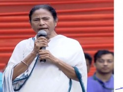 Karnataka S Hd Kumaraswamy Backs Simplest The Simple Mamata Banerjee For Pm Post