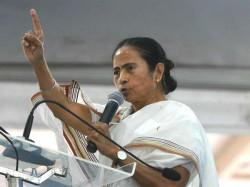 Pm Narendra Modi Cannot Speak Proper English Says Mamata Banerjee