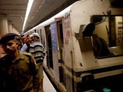 Metro Services Interrupted Due Technical Problem At Rabindra Sadan