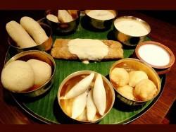 Makar Sankranti Til Poli Gokul Pithe Traditional Recipes Your Children Will Love