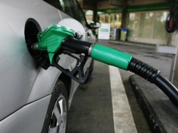 Petrol Diesel Price Hiked 6th Straight Day As On 15th January