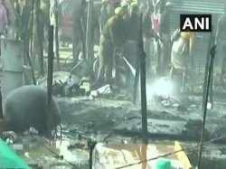 Massive Fire Breaks At Kumbh Mela 2019 Flames Engulf Multiple Tents Prayagraj