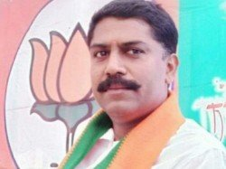 Bjp Leader Manoj Thackeray Found Dead A Field Madhya Pradesh