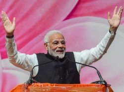 Pm Modi Slams Opposition S Kolkata Rally Says They Are Already Making Excuses Before Defeat