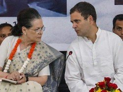 I T Dept Slaps Rs 100 Crore Tax Notice On Rahul Sonia Over Ajl Income