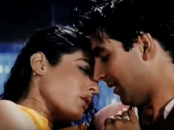 Hottest Songs Which Reflect The Off Screen Chemistry Akshay Raveena