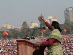 Debalina Hembram Brigade Criticised Mamata Banerjee From Brigade Meeting