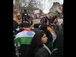 Indians Protest Outside Pakistan High Commission London