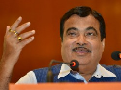 Central Minister Nitin Gadkari Targets Narendra Modi Abvp S Rally