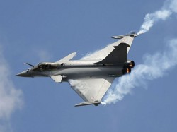 Modi Govt Follwed Upa S Policy On Rafale Deal Says Top Officials